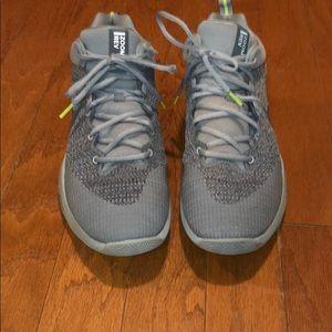 c98310b4f6823 Men s Top Nike Shoes on Poshmark